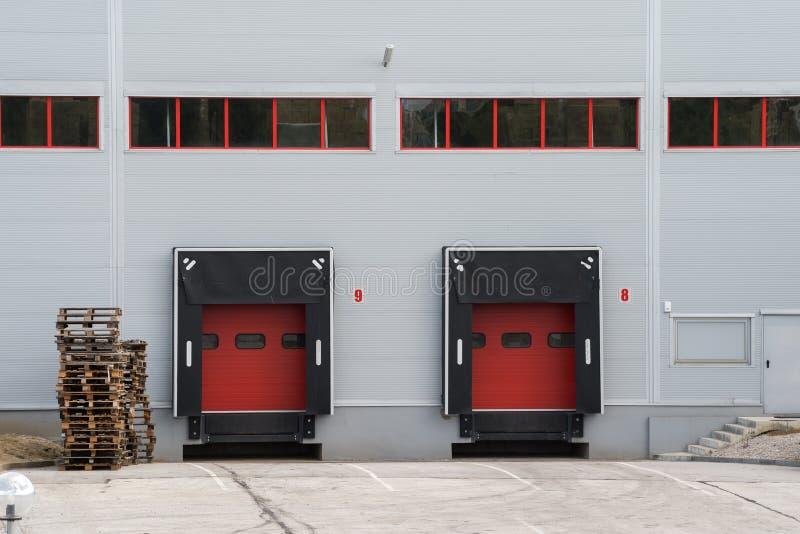 一个工厂厂房和仓库的门面 免版税库存照片