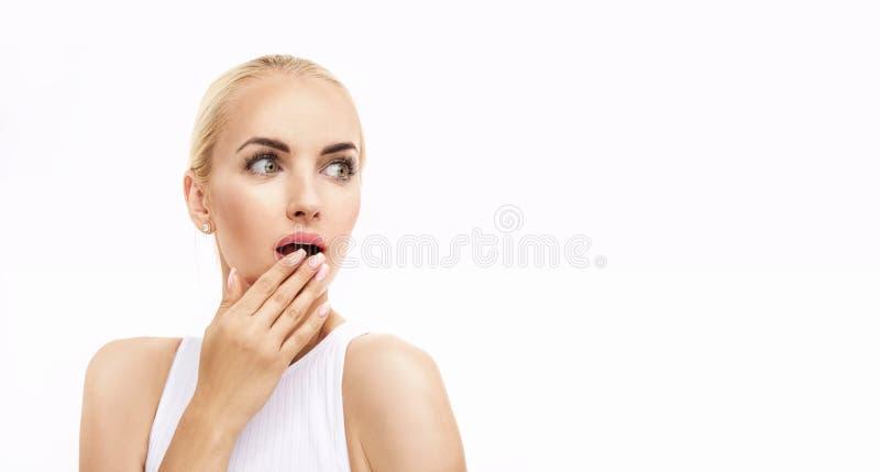 一个惊奇夫人的画象有清楚,苍白脸色的 免版税库存图片