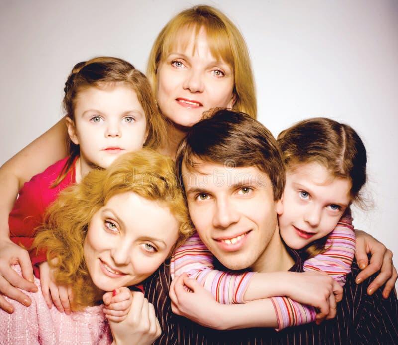 一个愉快的家庭的画象 库存照片