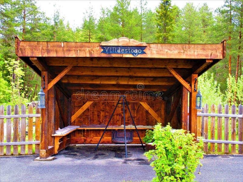 一个新的休息区您能享受咖啡和一顿好膳食的地方 库存照片