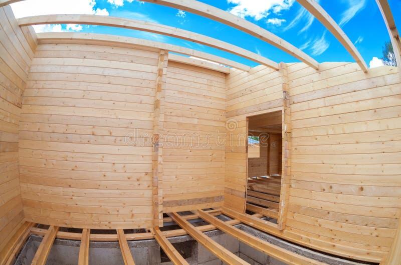 一个新的木房子的建筑 库存图片