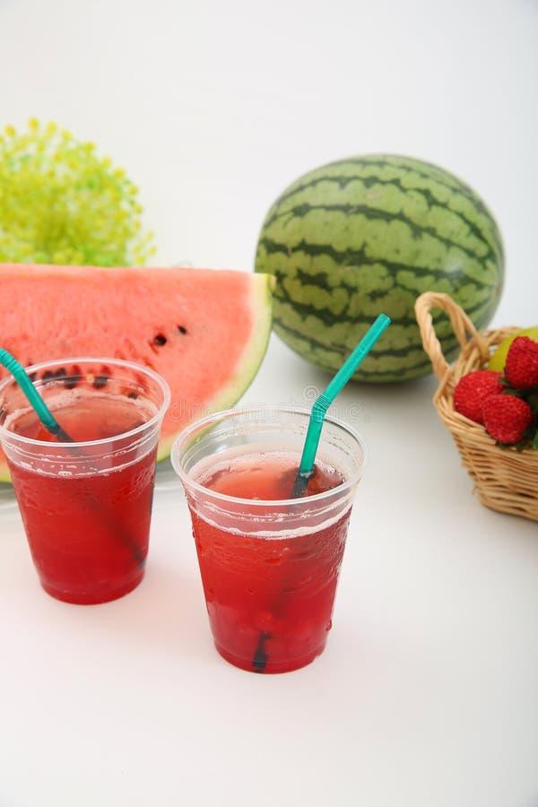 一个新鲜的日本西瓜的汁液 免版税库存照片