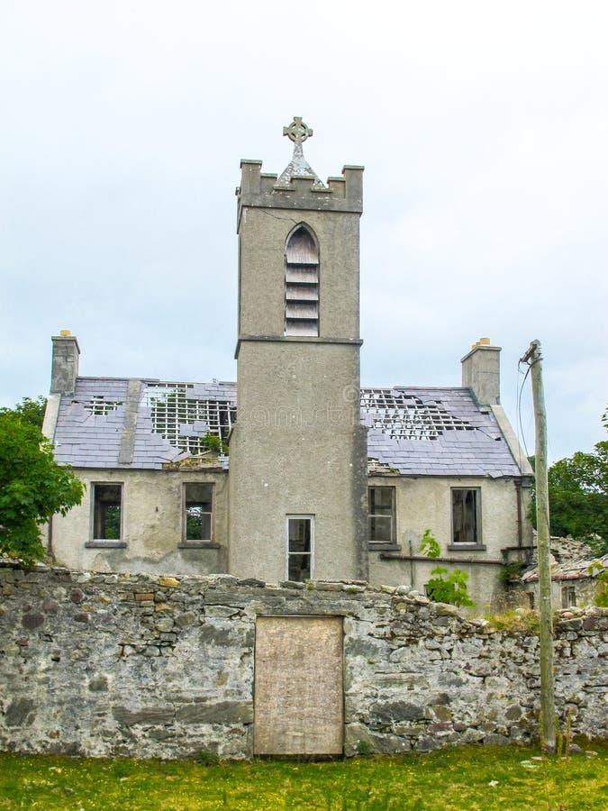 一个方济会男修道院的废墟在Bunnacurry,阿基尔岛, Co 马约角,爱尔兰 免版税库存照片