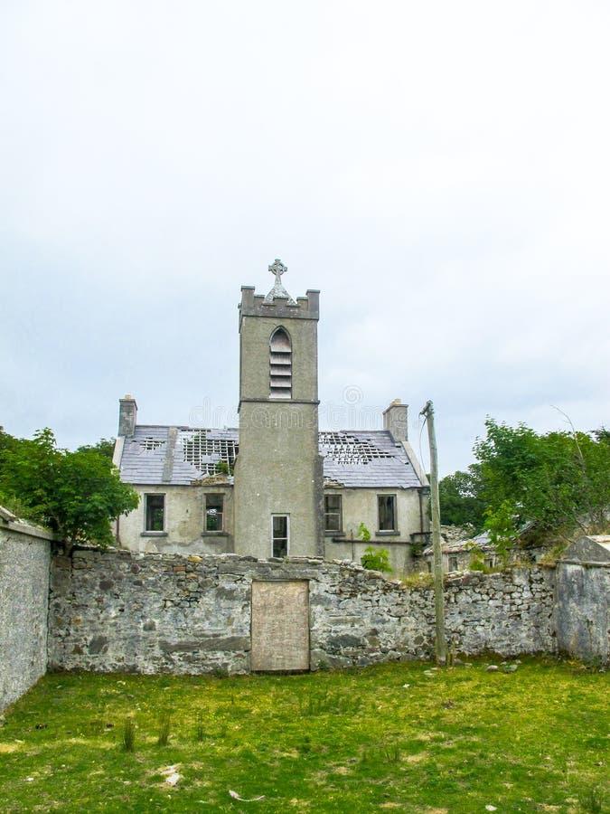 一个方济会男修道院的废墟在Bunnacurry,阿基尔岛, Co 马约角,爱尔兰 免版税库存图片