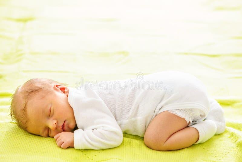 一个星期的新出生的婴孩 免版税图库摄影