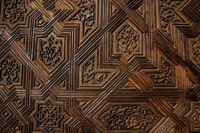 一个木门的纹理与对称样式的 免版税库存图片