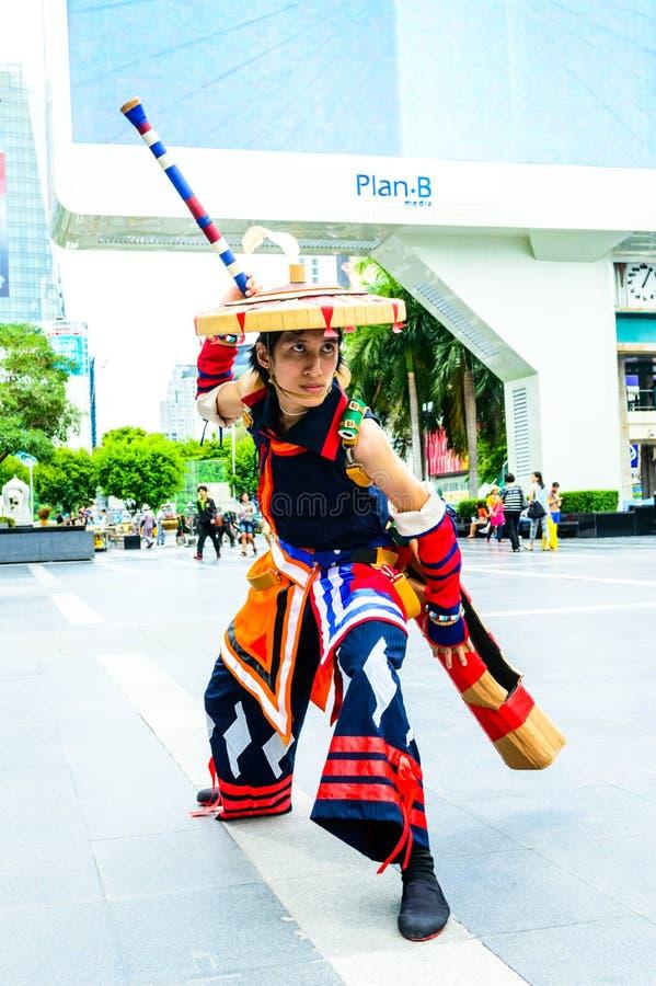 一个未认出的日本芳香树脂cosplay姿势。 库存照片