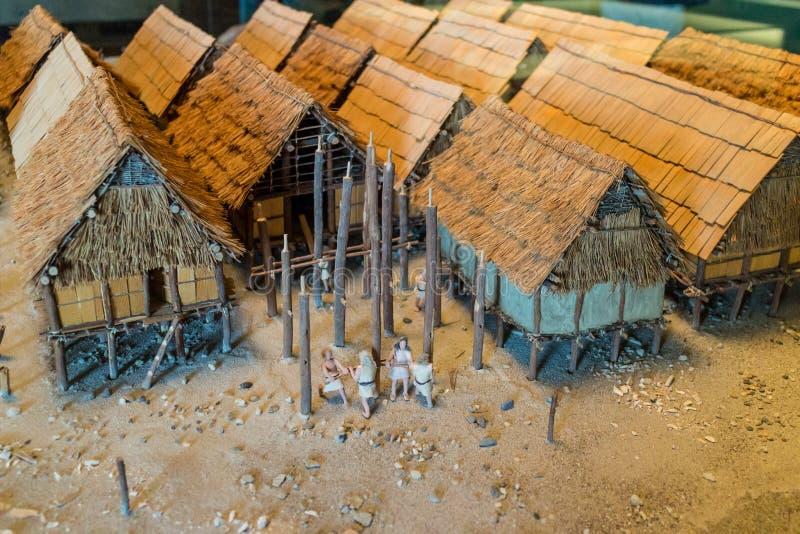 一个村庄的博物馆展览有盖的房子的 免版税库存图片