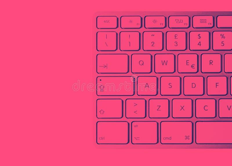 一个现代铝键盘的细节 皇族释放例证