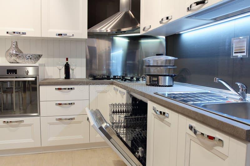 一个现代厨房的细节 库存照片