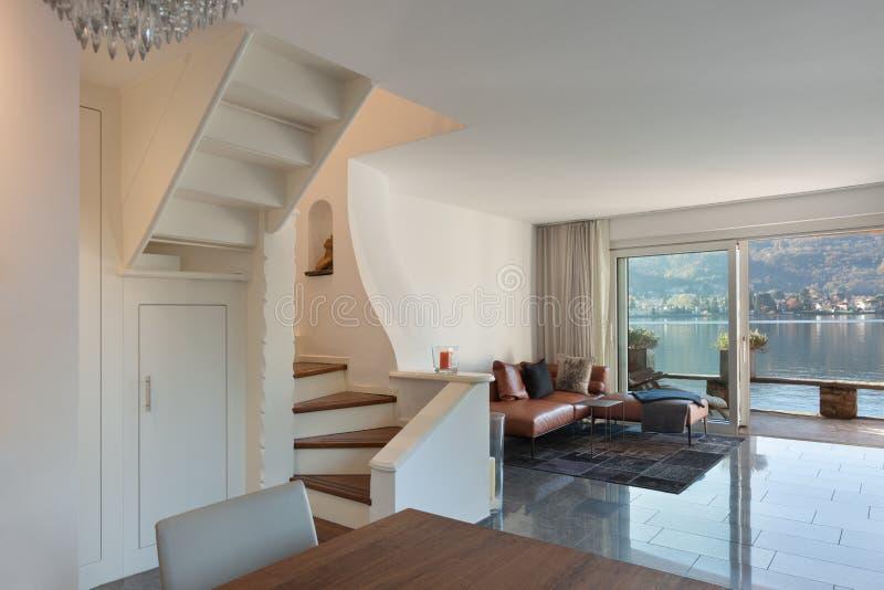 一个现代房子的Interio 库存照片