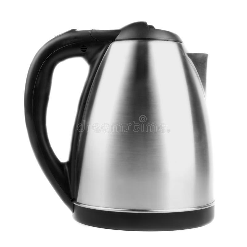 一个现代银色水壶,隔绝在白色背景 电不锈钢水壶 房子的设备 免版税库存照片