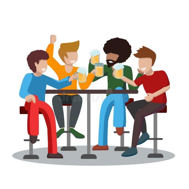 一个男人的四个朋友喝着泡沫啤酒,举杯祝酒 一群人坐在高高的酒吧凳子上玩得开心 皇族释放例证