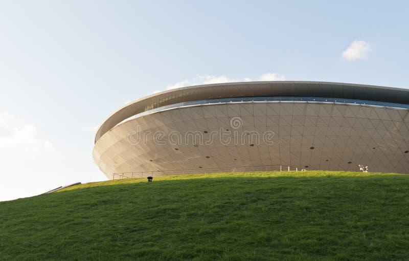 一个盘状的圆形的大厦 库存照片