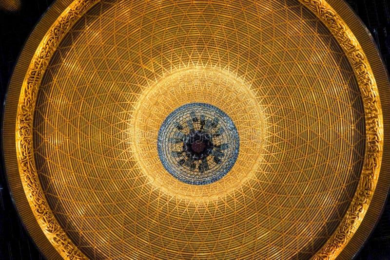 一个盛大清真寺的圆顶 免版税库存照片