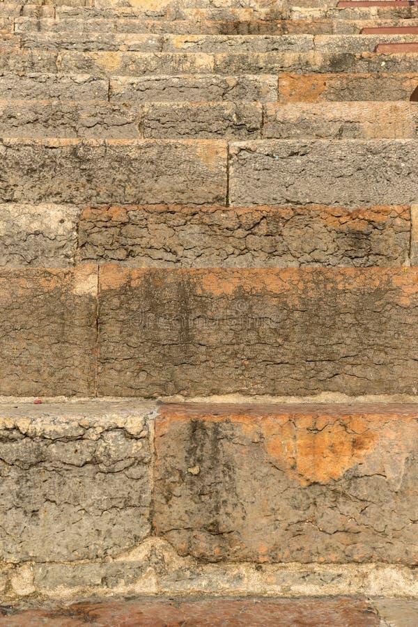 一个石楼梯的细节 库存照片