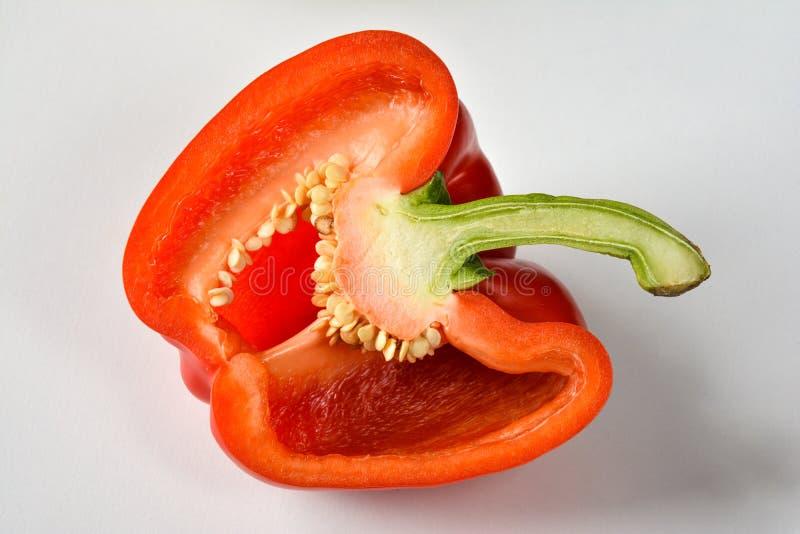 一个红色半辣椒的果实的特写镜头 库存照片