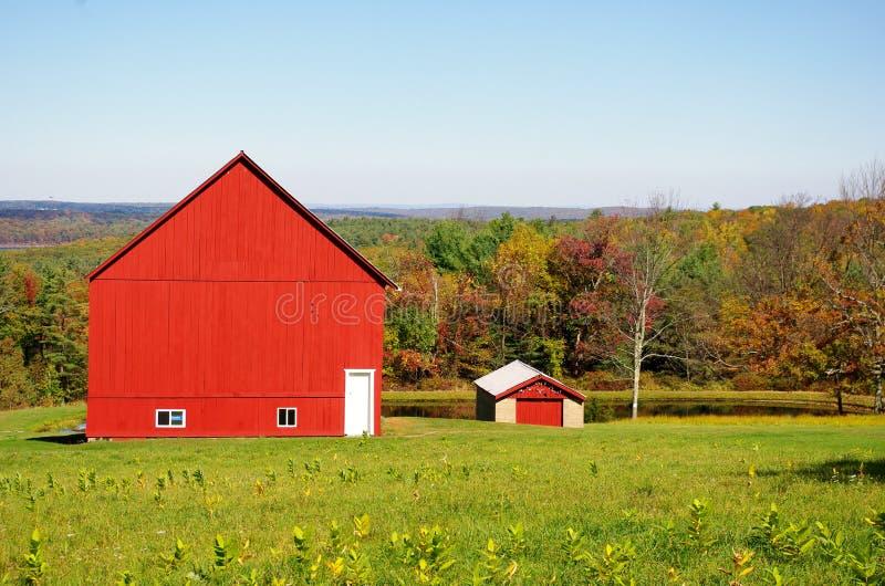 一个红色谷仓 免版税库存图片