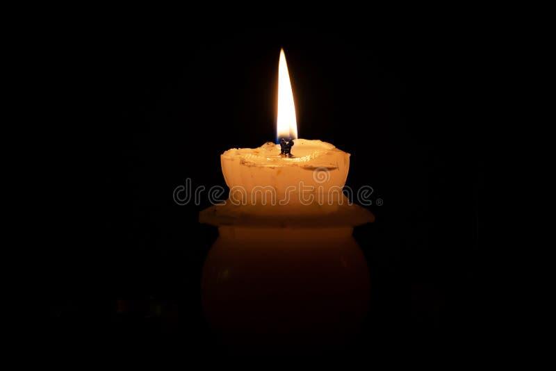一个纪念蜡烛 免版税库存图片