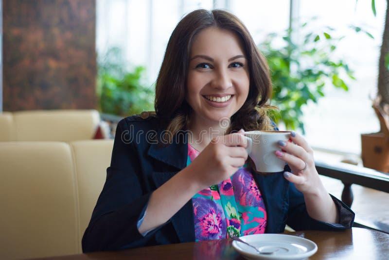 一个美丽的女孩的纵向 免版税图库摄影