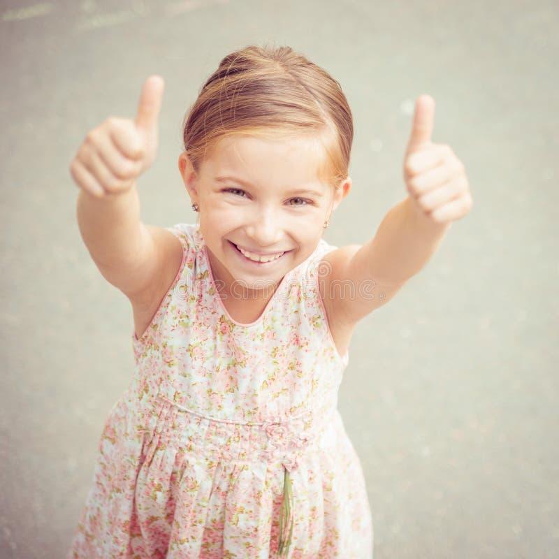 一个美丽的liitle女孩的纵向 免版税库存图片
