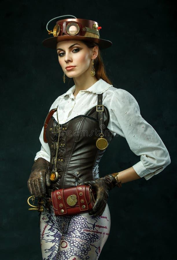 一个美丽的steampunk女孩的画象 免版税库存图片