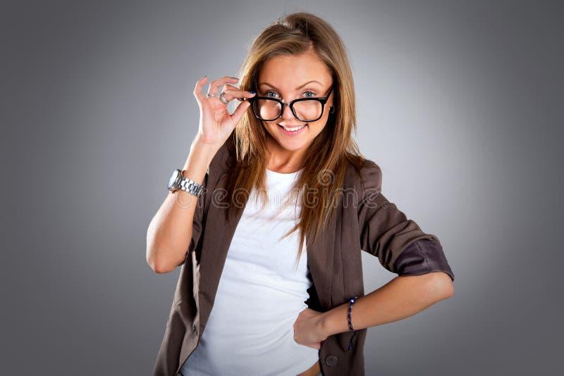 一个美好的年轻女商人身分的画象 免版税库存图片