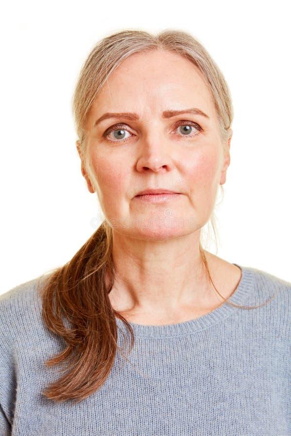 一个老妇人的前面面孔 图库摄影