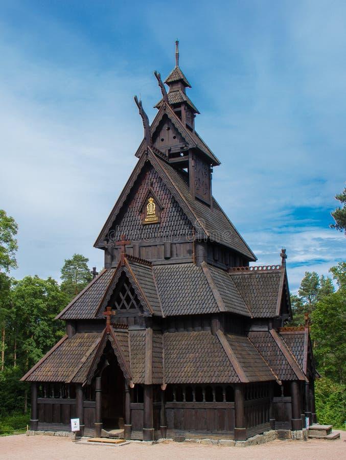 一个老挪威梯级教会 免版税库存照片