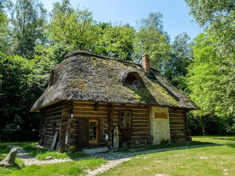 一个老波兰村庄房子 库存照片