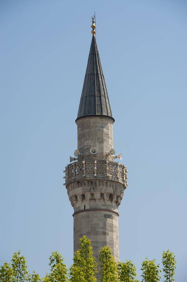 一个老清真寺的尖塔 免版税库存图片