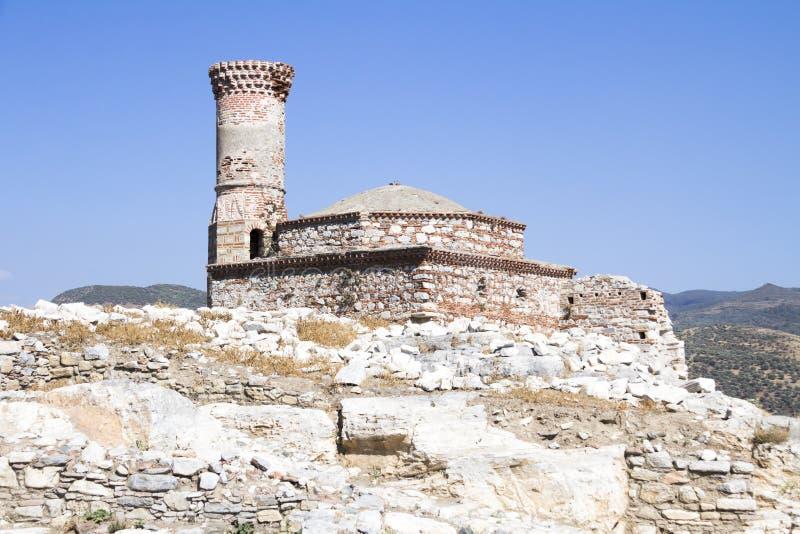 一个老清真寺的废墟 免版税库存照片