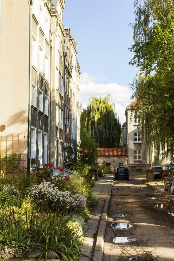 一个老residentail大厦的庭院在格但斯克的中心 波兰 免版税图库摄影