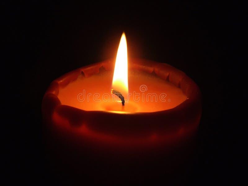 一个蜡烛的火 免版税库存图片