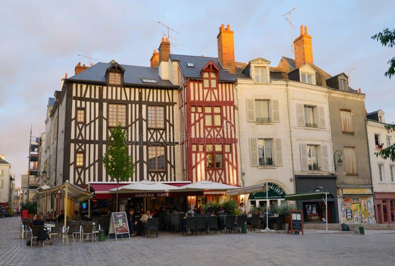 一个街道咖啡馆的人们在奥尔良,法国 库存图片