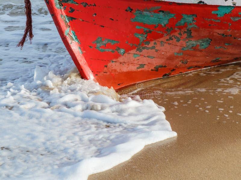 一个被放弃的红木渔船的Roda 库存图片