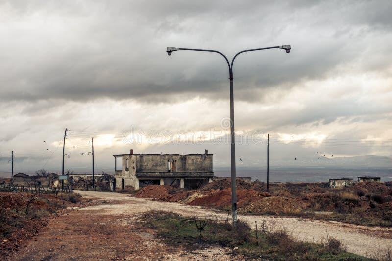 一个被放弃的镇在Ptolemaida希腊 免版税库存照片