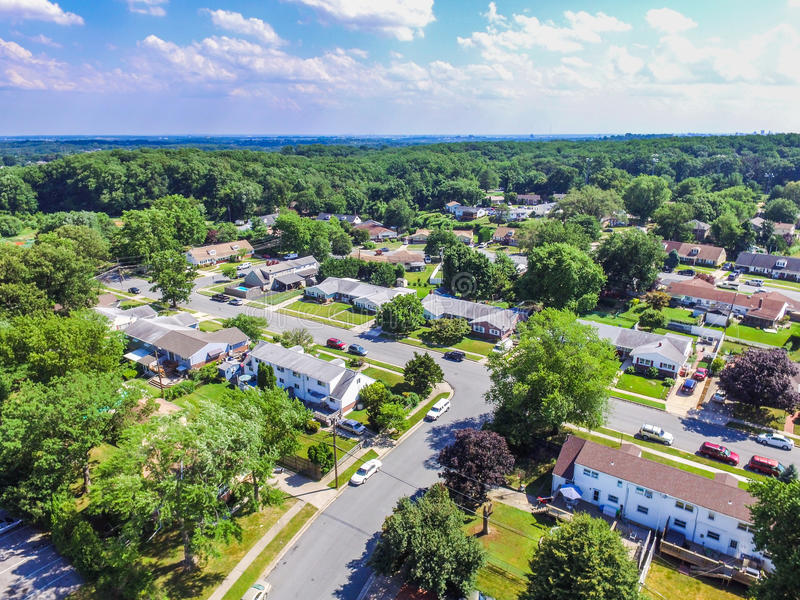 一个邻里的天线在Parkville在巴尔的摩县, Maryl 免版税库存照片