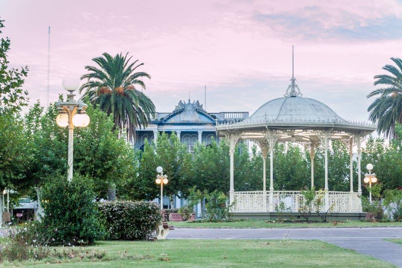 一个镇中心的公园在弗赖本托斯 免版税库存照片