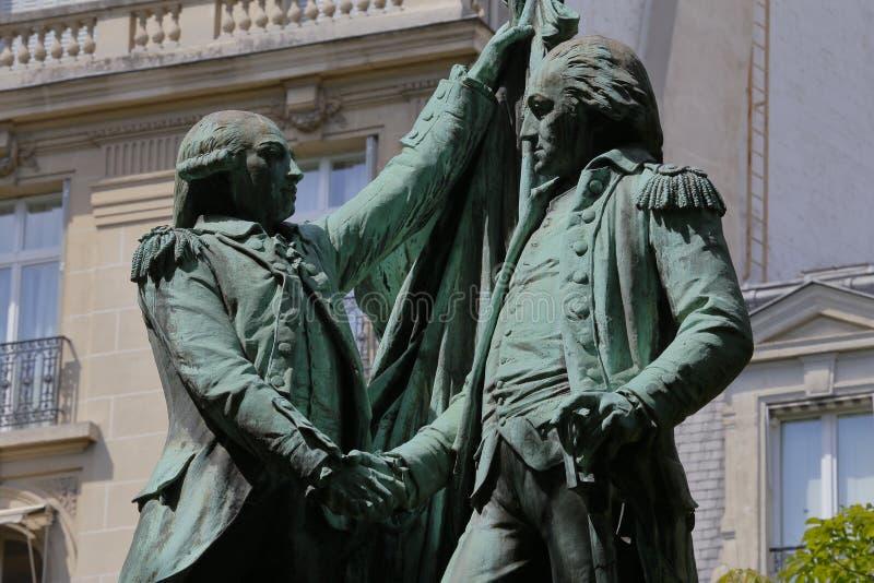一个雕象Auguste Bartholdi、方形的des États-Unis,荣誉法国军官候爵拉斐特和第一位总统  免版税库存图片