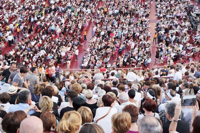 一个音乐会的旁观者在维罗纳竞技场  免版税图库摄影