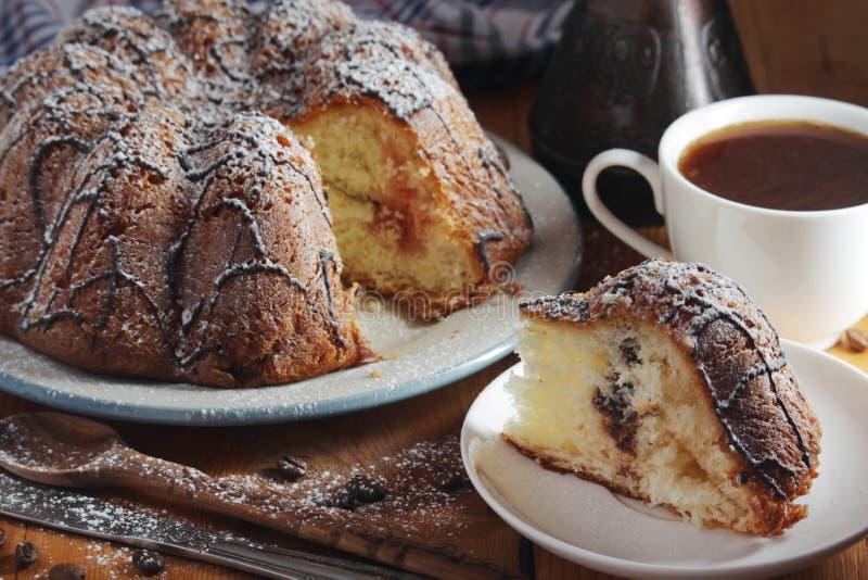 一个饼干蛋糕用巧克力 免版税图库摄影