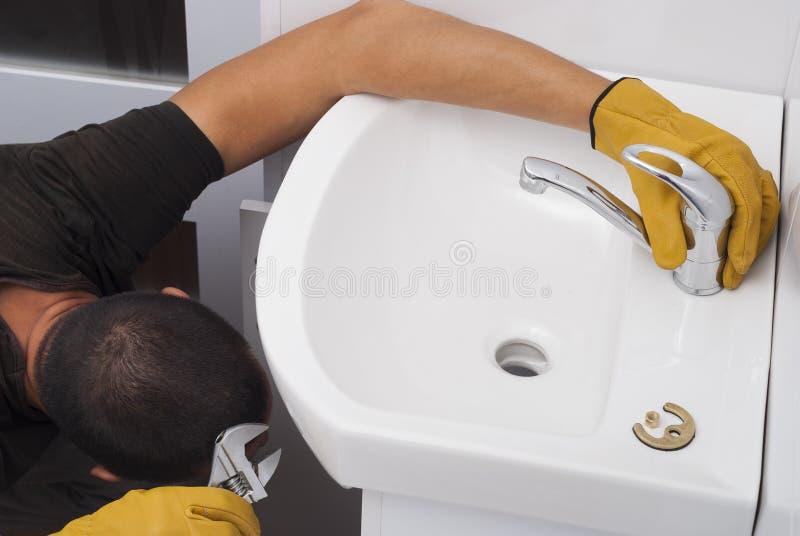 一个龙头的设施水槽的 免版税图库摄影