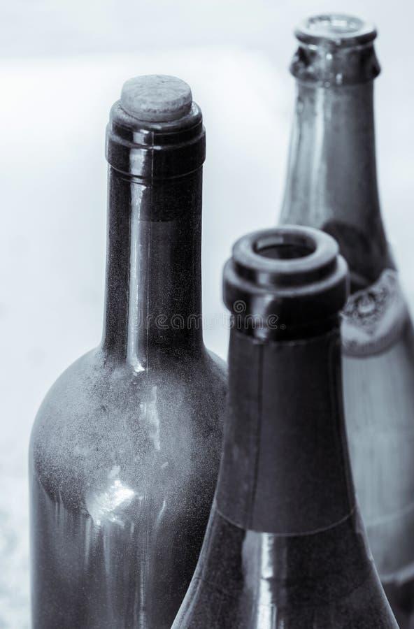 一些非常老酒瓶 免版税库存图片