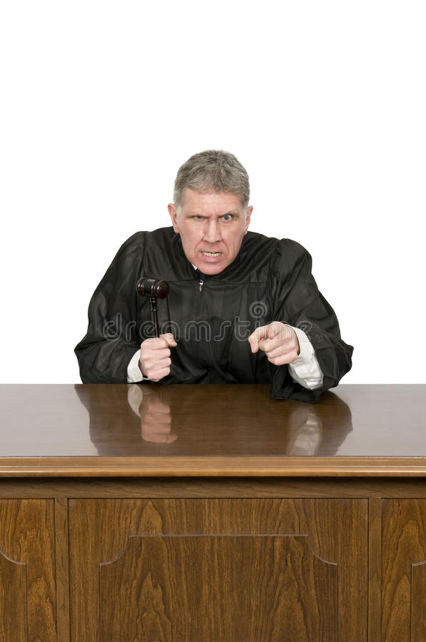 有在白色隔绝的微笑的卑鄙恼怒的法律法官 图库摄影