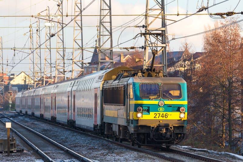 一列比利时火车在布鲁塞尔比利时 库存图片