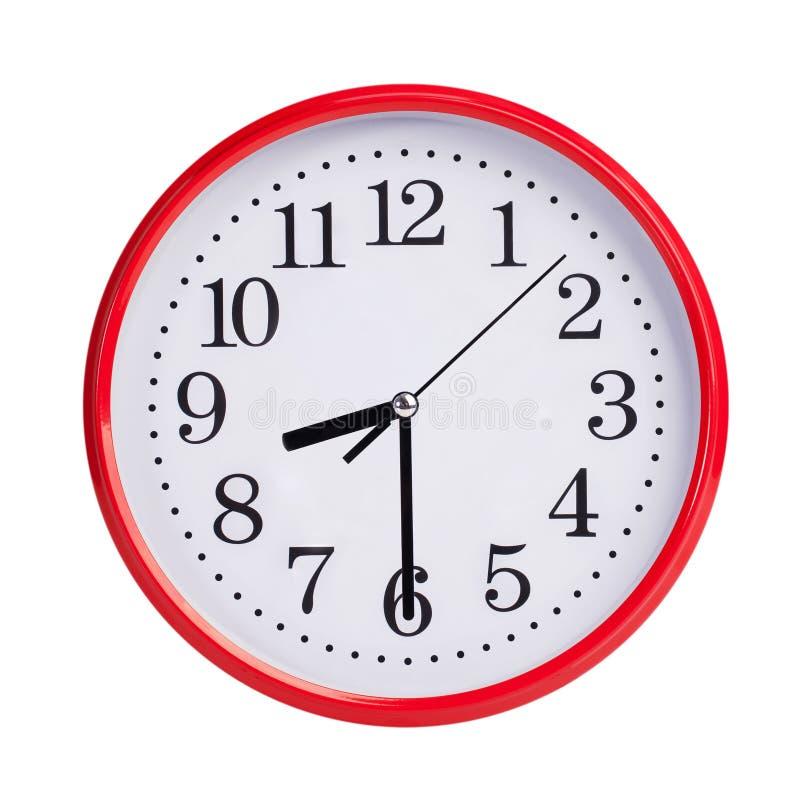 一半通过八在一个圆的时钟表盘 库存照片
