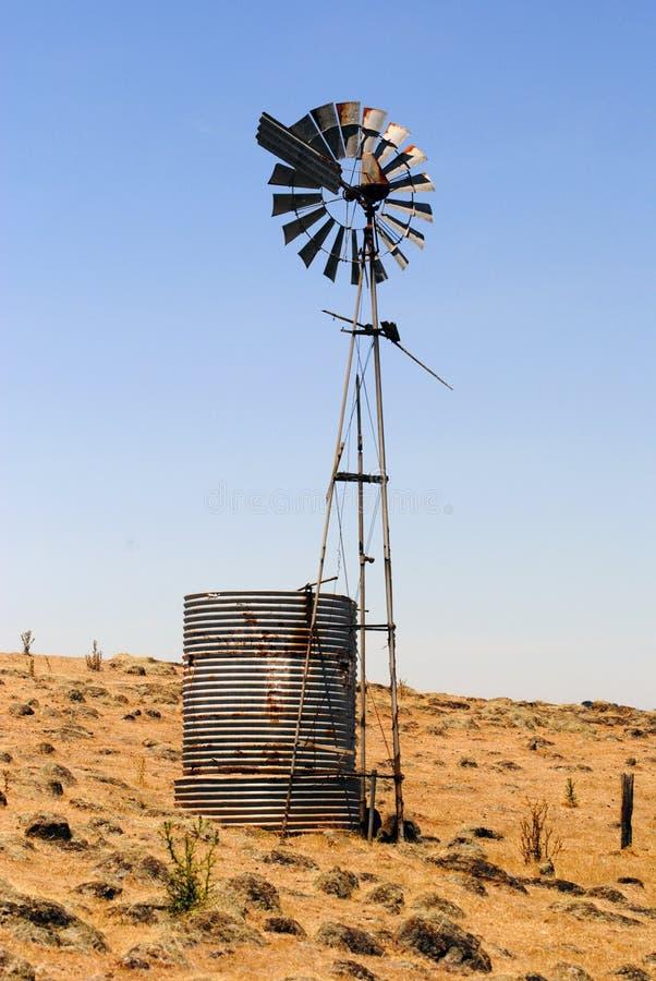 一台风车在维多利亚,澳大利亚 库存照片