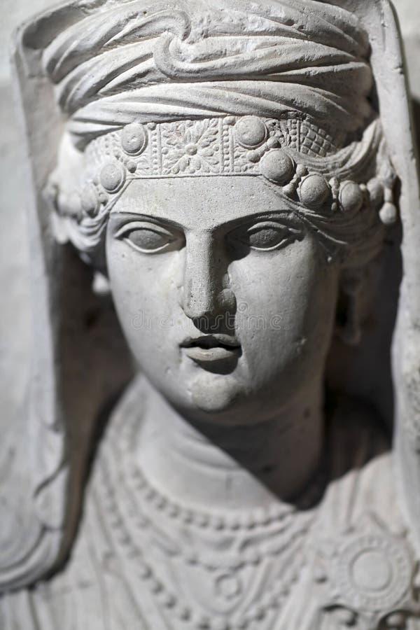 一名已故的妇女的纪念碑 免版税图库摄影