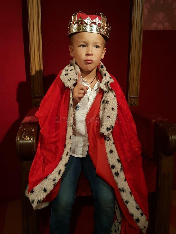 一国王少年 库存图片